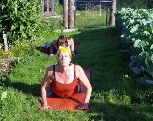 070215 Yoga in the Garden11