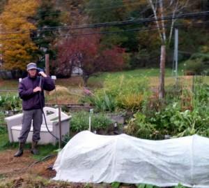 101715 Garden cleanup workday53