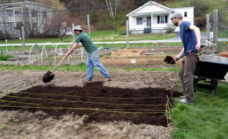 2016-05-07 Ned & John H spread compost on corn bed.26